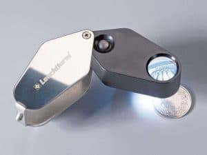 10x Folding Magnifier with Light